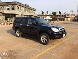 super clean Toyota 4Runner 2006 model