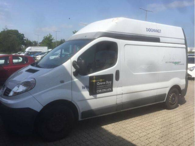 Renault Trafic 2.0 115 DCI L2H2 84 KW - 2010
