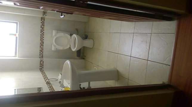 Fully furnished 3bedroom in a good area Kilimani - image 5
