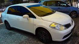 Nissan Tiida 1.8 (6 speed)