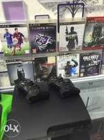 Sony PlayStation 3. (PS3) with 8 CDs games and 2pad follow come