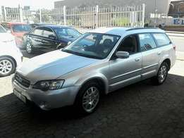 Subaru 2,5i Outback Automatic ,leather seats,2004 model with 111 000km