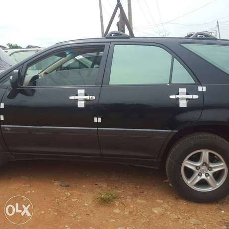 Clean unregistered tokunbo Lexus for sale. Calabar - image 5