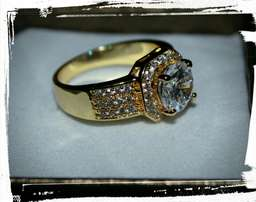 Gold Plated Ring with Genuine Cubic Zirconia stones size 7, used for sale  Welkom