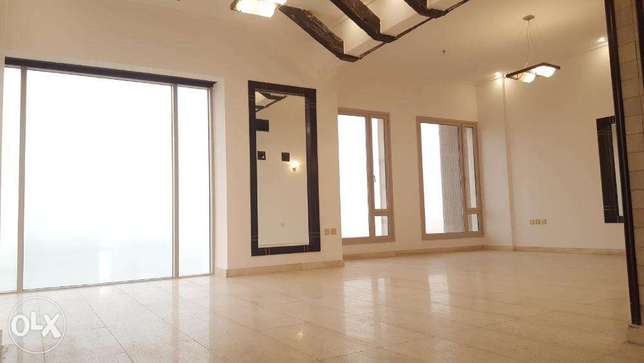 Shaab Al Bahri - Lovely Sea View 3 Bedrooms Apartment with Maid room