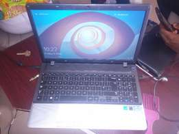 slightly used samsung laptop core i3 for quick sale