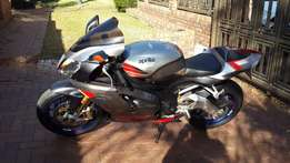 Aprilia RSV 1000 Factory motorcycle