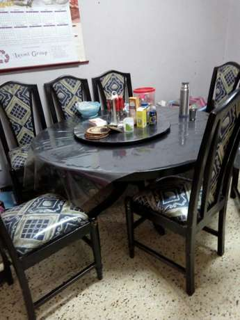 8sitter dining set 35k Parklands - image 1