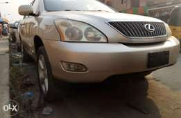 Tokunbo Lexus RX 330 year 2004 with Navigation System