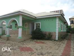 3 Bedroom Detach Bungalow N1m