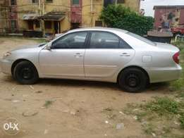 Tokunbo Toyota Camry 2004 model. Full options.