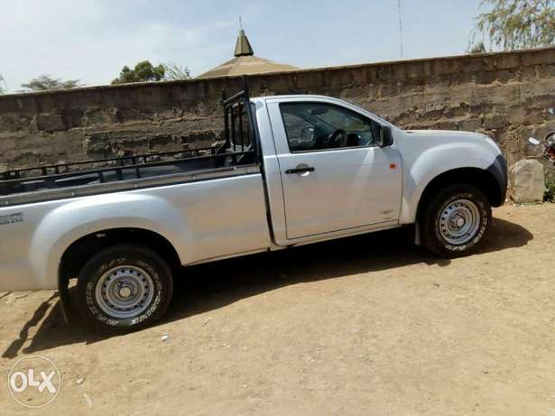 Isuzu Dmax (local ) Hurlingham - image 2