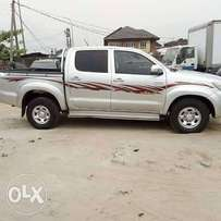 2013 Toyota Hilux.. Registered. Looks like brand new