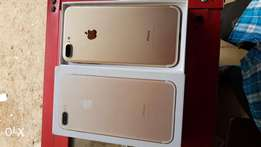 Iphone 7plus gold/silver clean as new inbox
