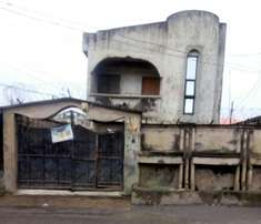 Storey building on a half plot