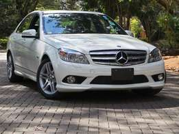 White Mercedes benz C200