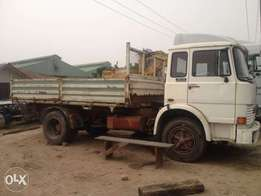 Tokunbo 110 Iveco Six tyres tipper truck