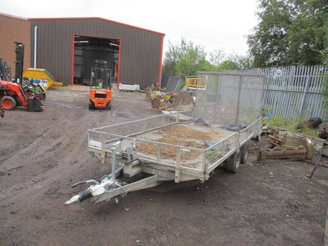 beavertail plant  & handwinch low loader  for sale by