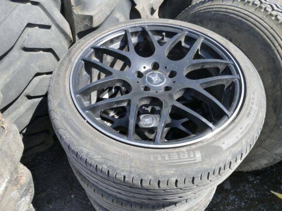 Sale 4 car tires wheel for  by auction