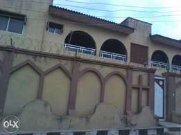 3bedroom flat at Wofun, off Iwo road.