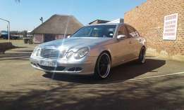 MERCEDES BENZ e500 with loads of extras