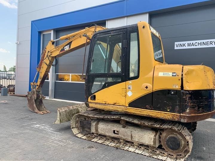 Caterpillar 307 C Graafmachine - 2004