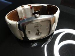 c11621dc5 Zegarek Levis biały skórzany pasek