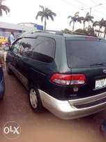 Registered Nigeria used Toyota sienna