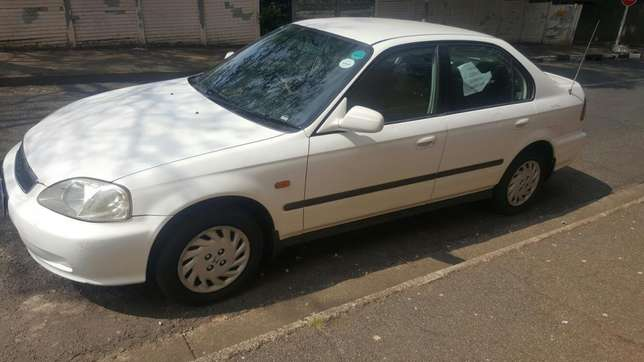 2000 honda ballade 1.5i for sell, great condition Johannesburg - image 4