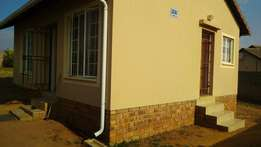 A 2 Bedrooom House For Sale With a Very Spacious Yard in Cosmo City!