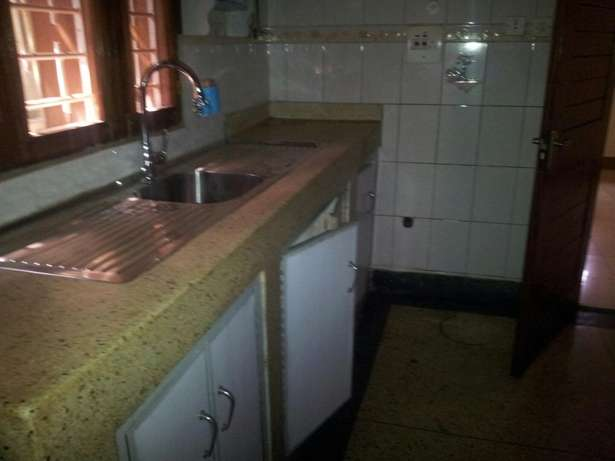 4 bedrooms bungalow for rent Bukoto Kampala - image 8