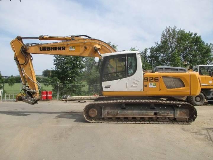 Liebherr R926 - 2012