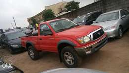 Toyota Tacoma 2002 model very clean buy and drive