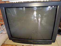 Cheap Hitachi TV, 32 Inches