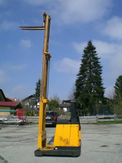 Jungheinrich ETV A 13,5 GE 115-530 mit Ladegerät - 1991 - image 2