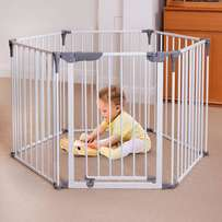 Dreambaby Play-Pen Gate x2 (R6k new)