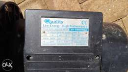 1,5 kW pool pump and filter box
