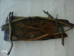 rustic wall clock for your housr