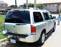 A clean 3rows 2005 Nissan Pathfinder Armada Jeep auto gear for sales