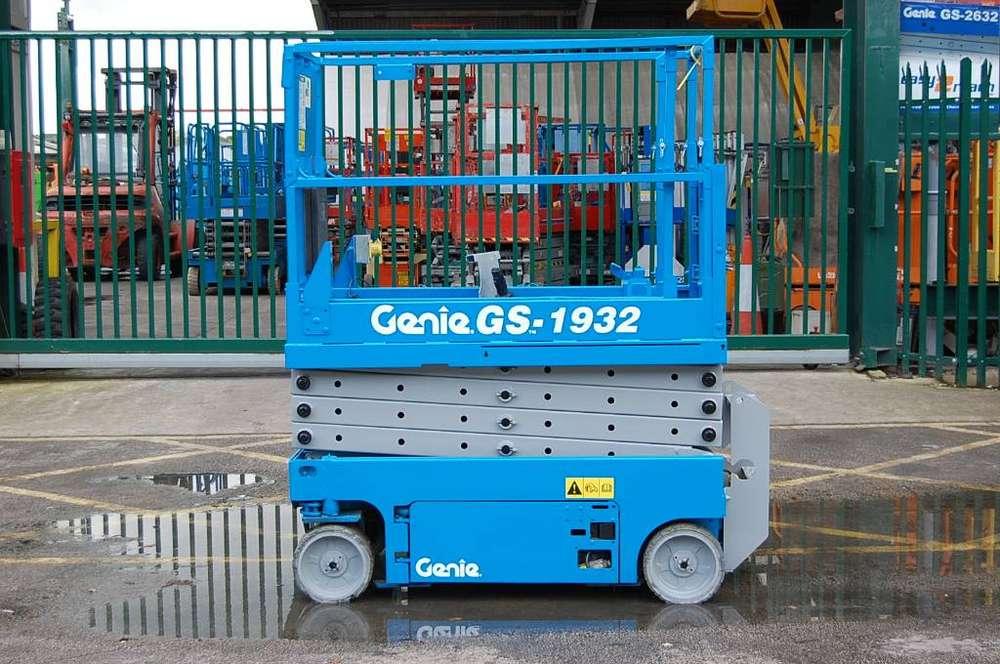 Genie Gs 1932 - 2008