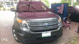 Gently used 2015 Ford Explorer (Limited) for a give away price