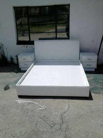 Bed double size and queen size Roodepoort - image 1