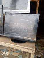 24 inches toks LG LCD TV