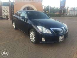 Toyota Crown new shape Trade in accepted