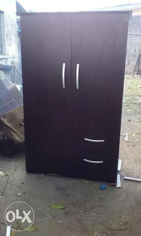 Wardrobe with two doors with two drawers Yaba - image 1