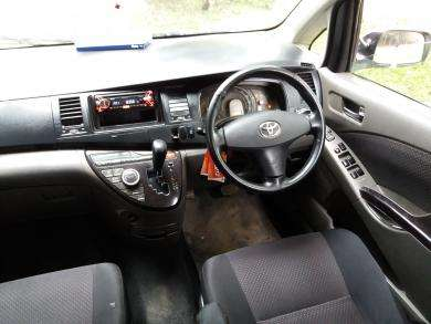 Toyota isis. Trade in accepted!! Nairobi CBD - image 3