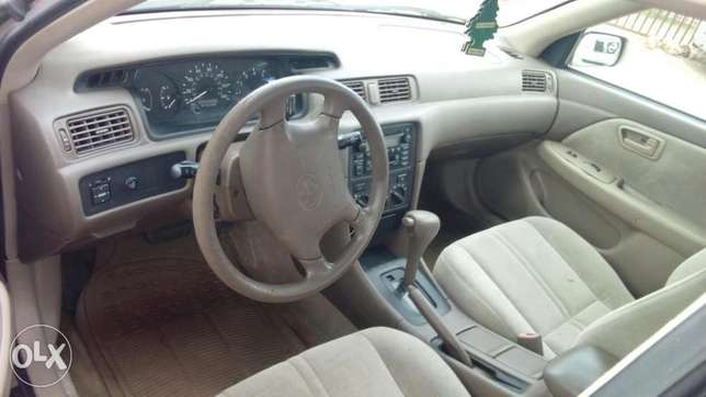 Toyota Camry tokunbo droplite Agege - image 3
