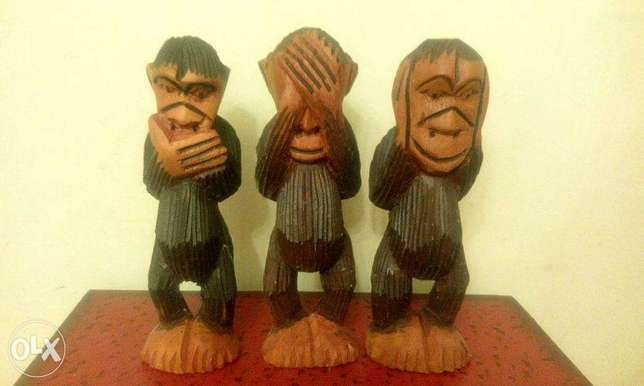 three wise monkeys carved wood 15cm