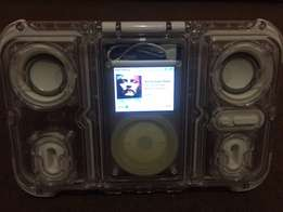 ipod classic 80gb & waterproof speaker 2 swop for ipod touch or iwatch