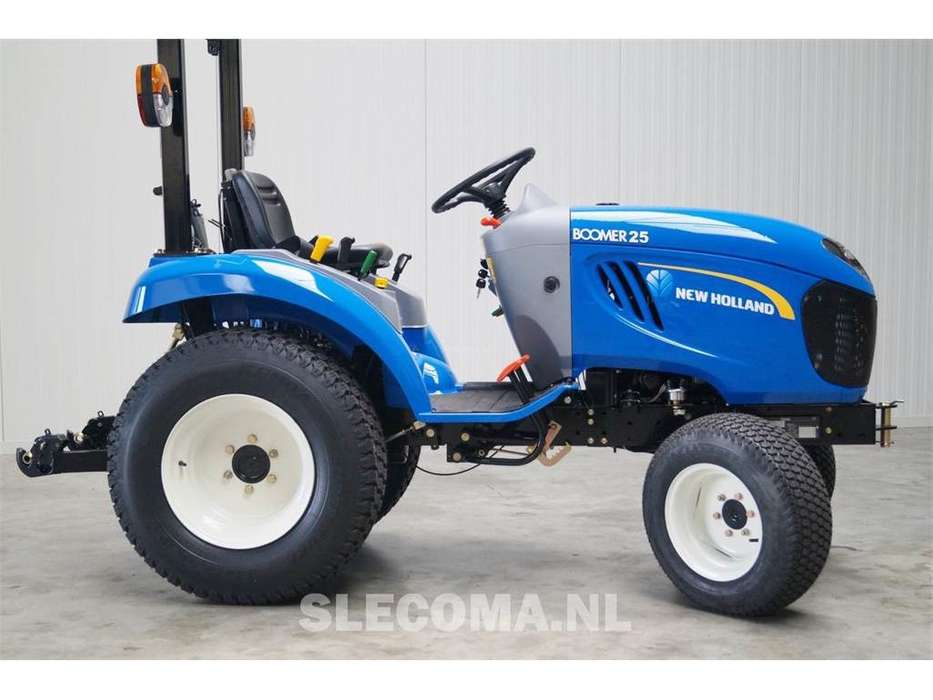 New Holland BOOMER 25-HST - 2018 - image 4